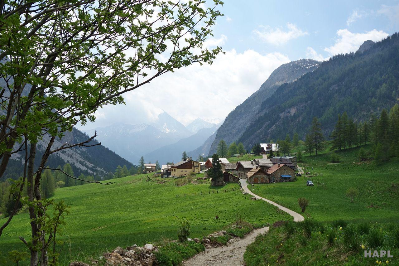lac-vert-randonnee-facile-hautes-alpes